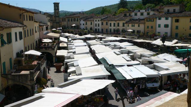 Marché à Greve in Chianti, près de Villa le Barone