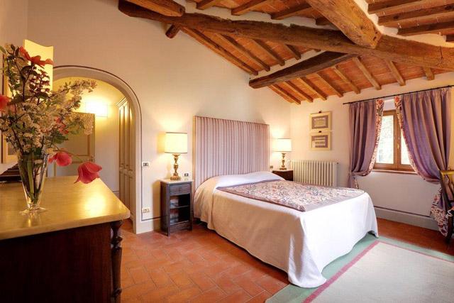 Villa le Barone a junior suite