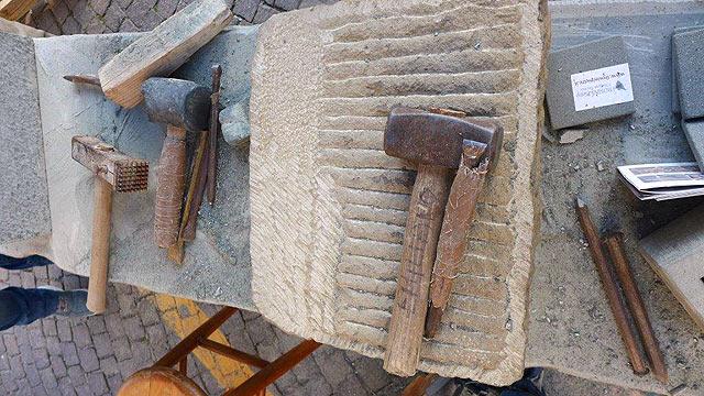 Outils d'un tailleur de pierre
