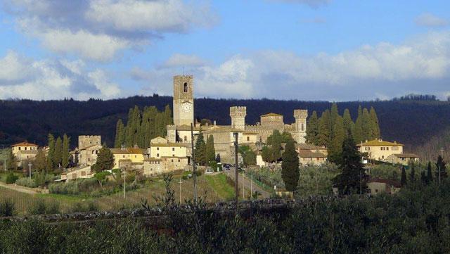 Badia a Passignano près de Villa le Barone