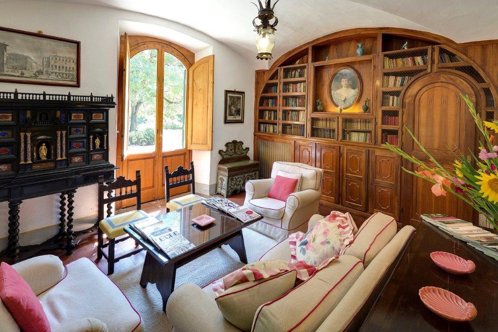 Un Salon à Villa le Barone à Panzano in Chianti