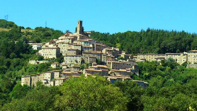 Village perché médiéval en haute Maremme: Castelniovo di VDC