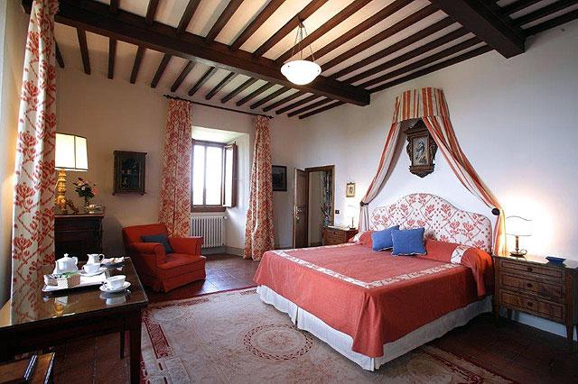 Hôtel historique Villa le Barone , la chambre de la Marquise Viviani Della Robbia