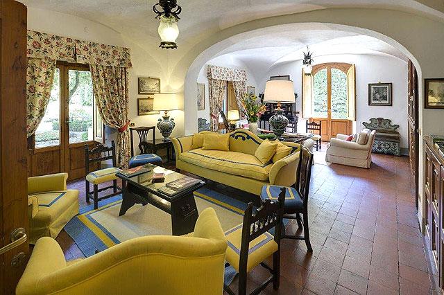 Un h tel de charme en jaune en toscane villa le barone - Maison de charme hotel boutique toscane bacchella ...