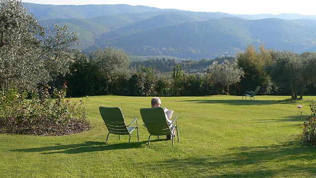 Contempler et lire dans le Chianti à Villa le Barone